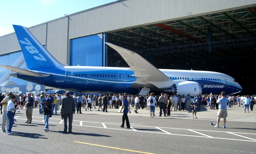 Dreamliner B787,the first Boeing aircraft to use carbon composite materials for most of the aircraft